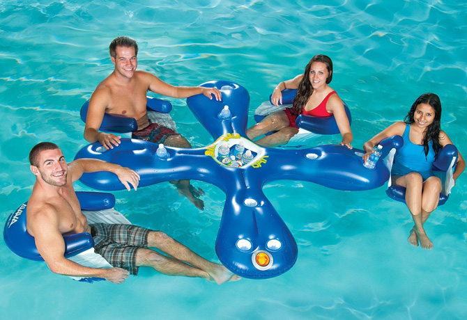 colchonetas_hinchables_piscina_playa_para_grupos_con_hueco_bebidas_hielos_10