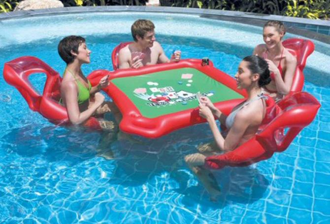 colchonetas_hinchables_piscina_playa_para_grupos_con_hueco_bebidas_hielos_17