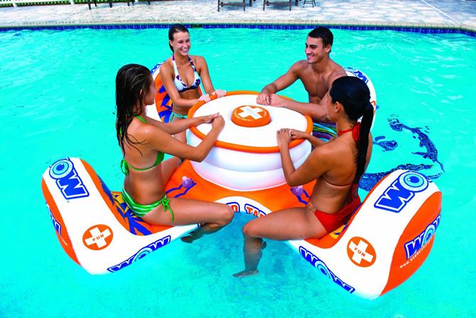 colchonetas_hinchables_piscina_playa_para_grupos_con_hueco_bebidas_hielos_2