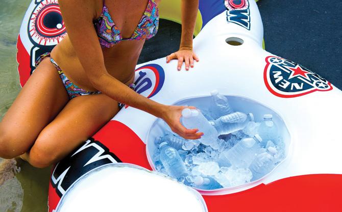 colchonetas_hinchables_piscina_playa_para_grupos_con_hueco_bebidas_hielos_28