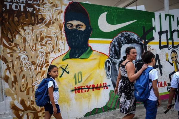 graffitis_en_brasil_protestando_contra_mundial_16