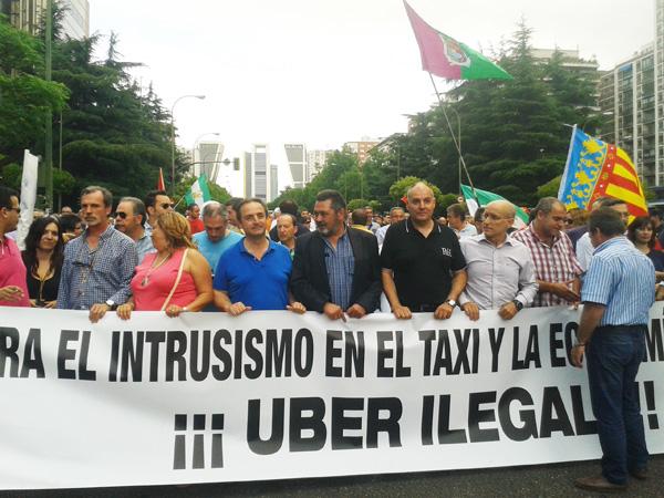 protestas_taxistas_contra_uber_manifestacion_madrid_marcha_taxis_5