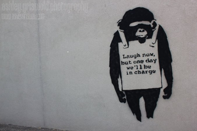 Banksy-mono_laugh