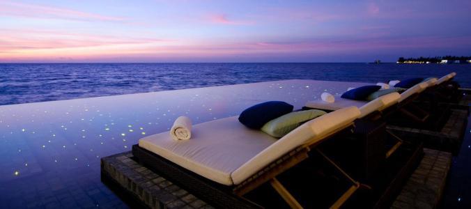 Fotos de las mejores piscinas del mundo - Hotel Intercontinental Hong Kong China - Jumeirah, Maldivas