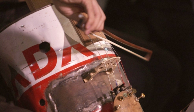 orquesta_instrumentos_reciclados_land_fillharmonic_uruguay_vertedero_cateura_11