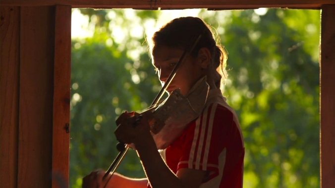 orquesta_instrumentos_reciclados_land_fillharmonic_uruguay_vertedero_cateura_18